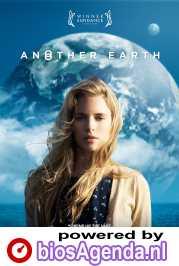 Another Earth poster, copyright in handen van productiestudio en/of distributeur