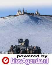 More Than a Pipeline poster, copyright in handen van productiestudio en/of distributeur
