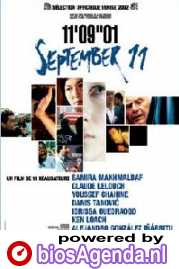 Poster van '11'09'01 - September 11' © 2002 Paradiso Entertainment
