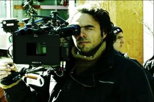 Still Alejandro González Iñárritu tijdens opnames 21 Grams